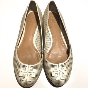 Tory Burch Ivory Perforated Lowell Flats Size 8.5